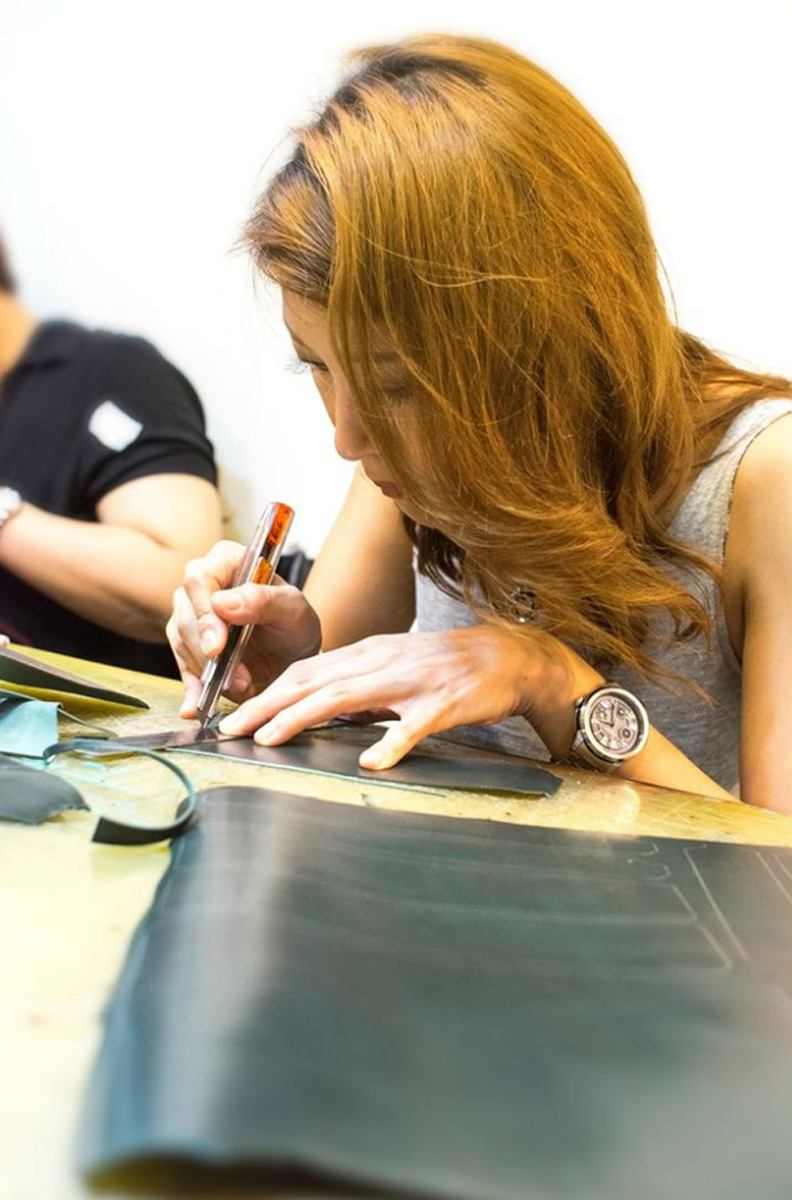 Leather art class